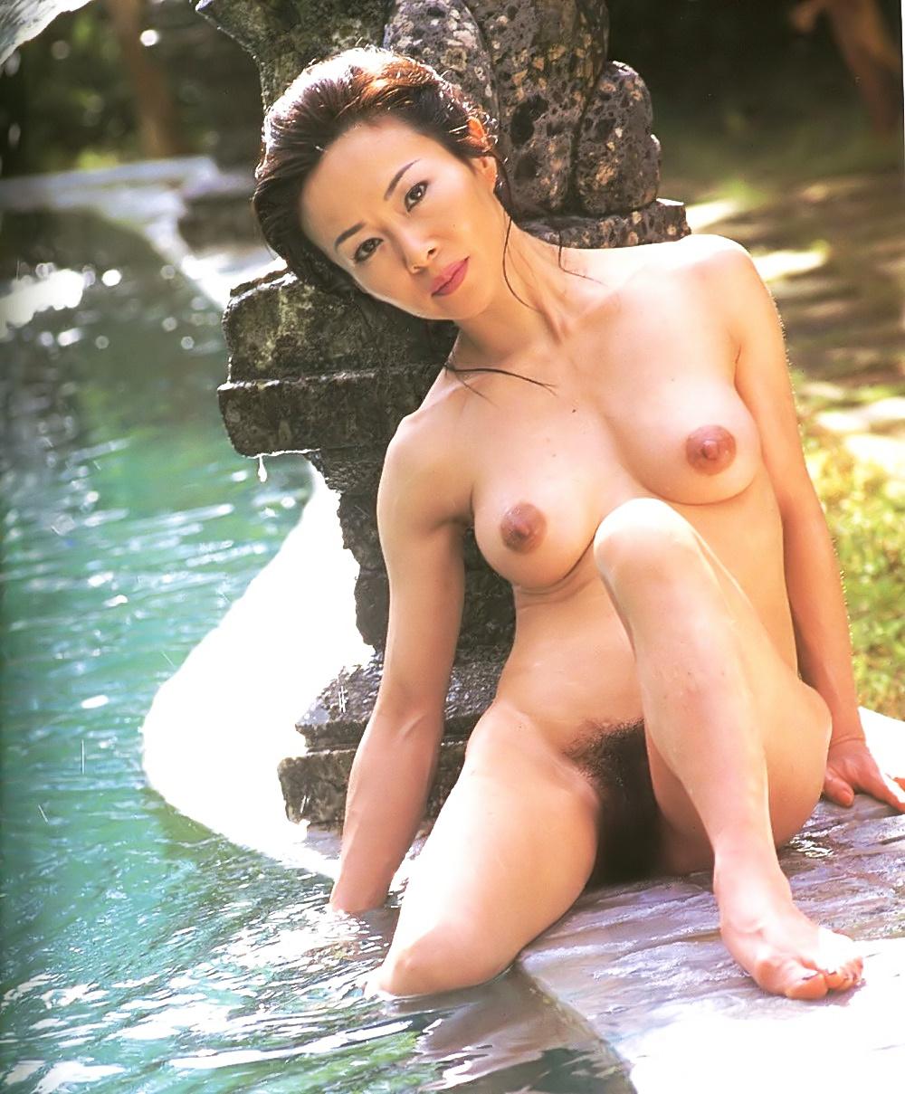 【画像】津山登志子Part1(女優)ヌード,熟女,Tsuyama Toshiko