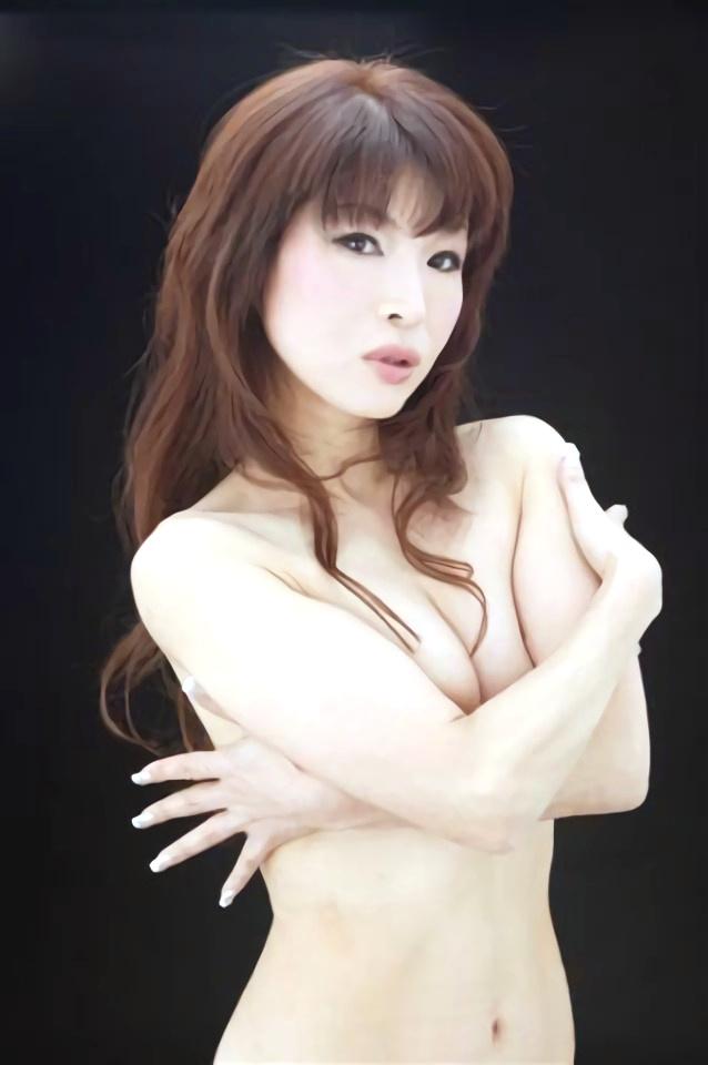 【画像】シルクPart1(女性お笑い芸人,女性タレント)セミヌード,尻見え,熟女,非常階段,Silk