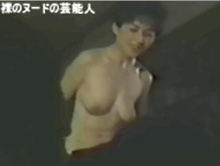 【GIFアニメ】竹下景子Part2(女優)ヌード,熟女,かくれんぼ,Takeshita Keiko